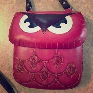 Handbags - Owl crossbody - bright pink with adjustable strap